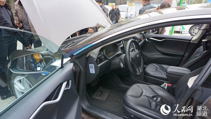 新能源汽车内部