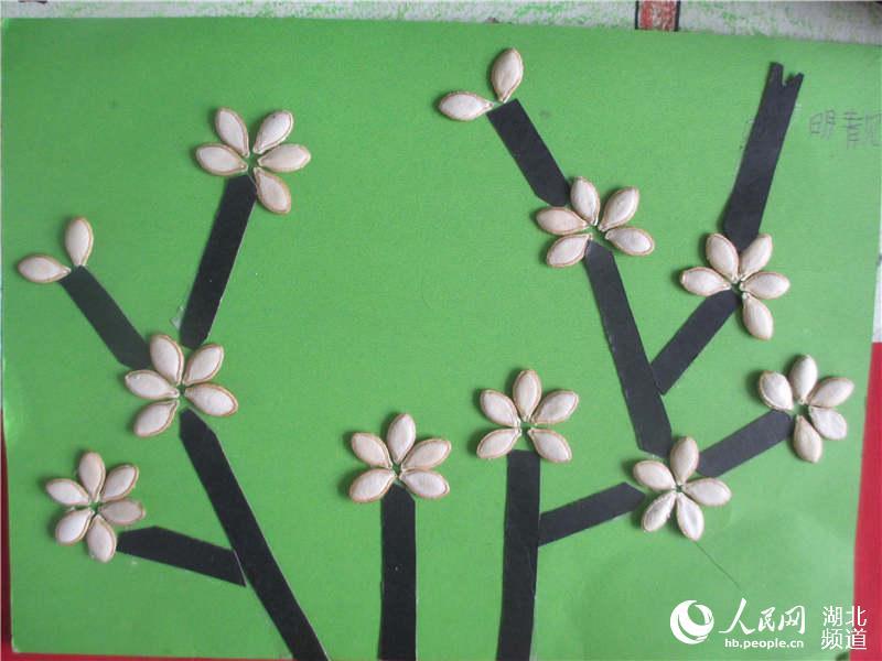 瓜子创意粘贴画-湖北竹山 少儿绘画手工制作大比拼 图文
