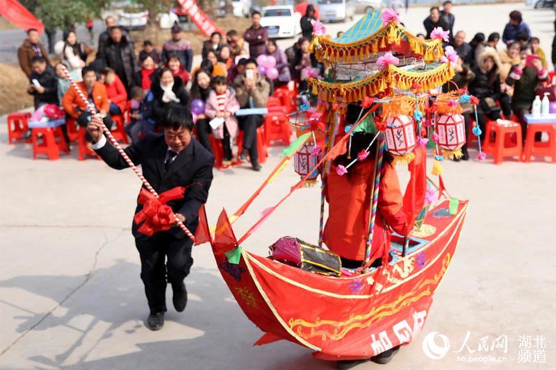 湖北宜昌:我到乡村过新年 感受乡村民俗新景