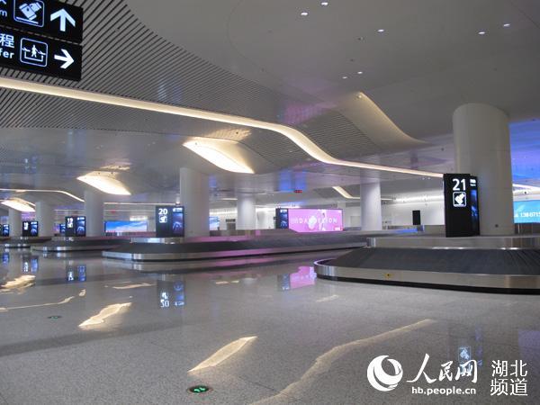 开工建设的武汉天河机场T3航站楼投用已进入倒计时.昨日,武汉天