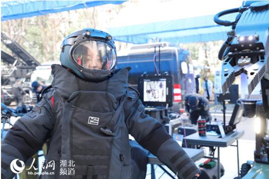 """2019武汉公安警营开放日引千万网友""""捧场"""""""