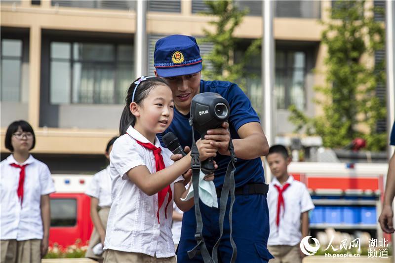 """武汉3000师生共上""""消防安全开学第一课""""【5】"""