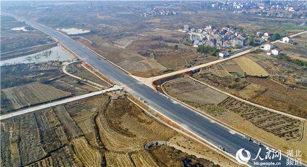 武汉新洲:立体交通托起腾飞梦